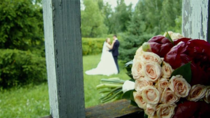 Хотите свадебный клип по новому? Спросите как у Ильнара и Айгуль, красивых, артистичных, необыкновенно легких. Спасибо