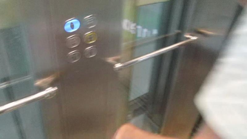 Лифт KLEEMANN в ТЦ Петровский @ ул. Мусы Джалиля, д. 6к2