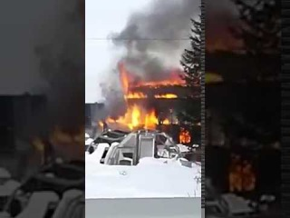 Дачный дом сгорел на окраине Южно-Сахалинска