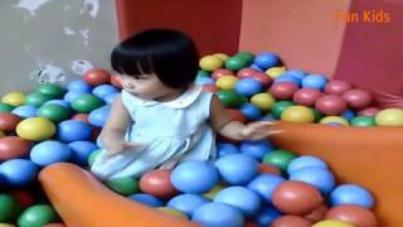Bé Đi Chơi Nhà Banh - Nhạc Thiếu Nhi Vui Nhộn - Fun kids