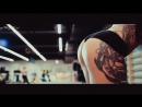 Упругая попа в фитнес зале (Спорт, фитнес, упругая попа, эротика, грудь, секс, голая, tits, boobs)
