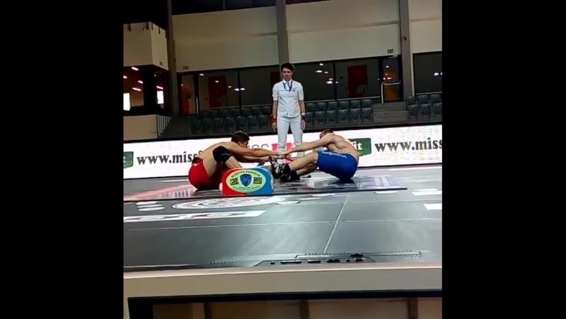 3 круг Вадим Нарыжный vs Евгений Пиконин (Россия) 0 - 2 (2 схватка)