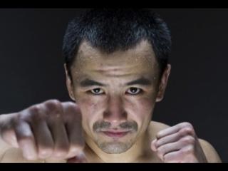 На съемках фильма о чемпионе мира по боксу Жанате Жакиянове.