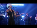 Mary J. Blige Performs 'Thick of It'