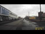 Мусорные баки переходят дорогу на красный (17.04.2017)