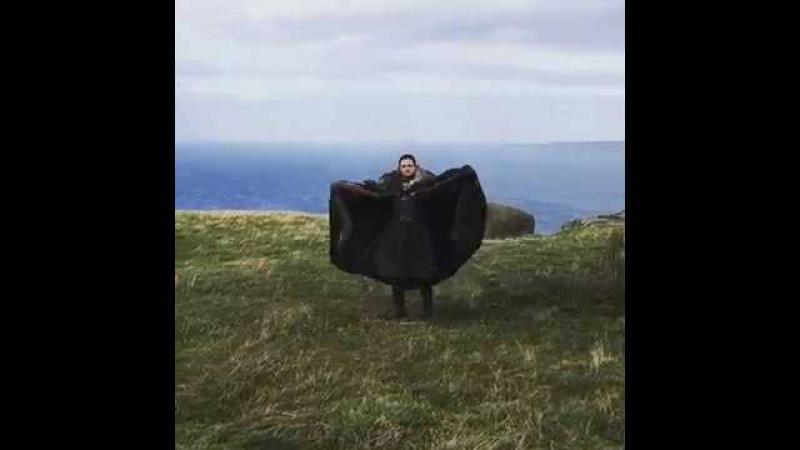 Видео с изобразившим дракона Джоном Сноу набрало 8 млн просмотров за сутки