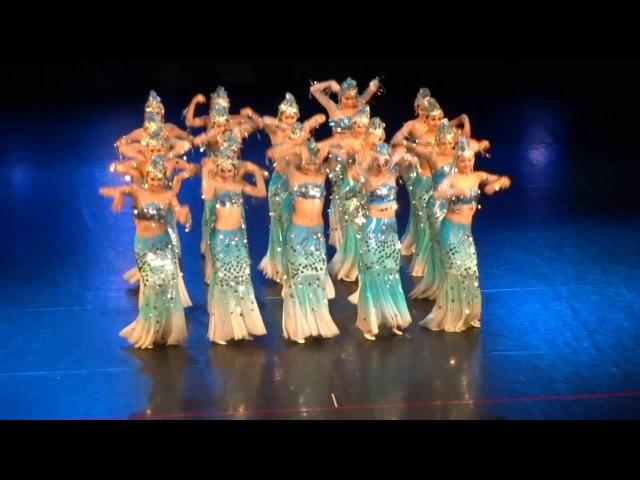 Танец воды. очень красивый танец.