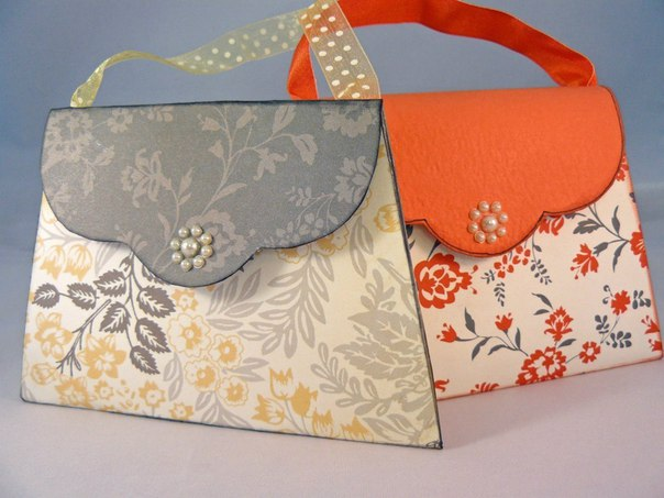 Упаковка для подарка в виде сумочки