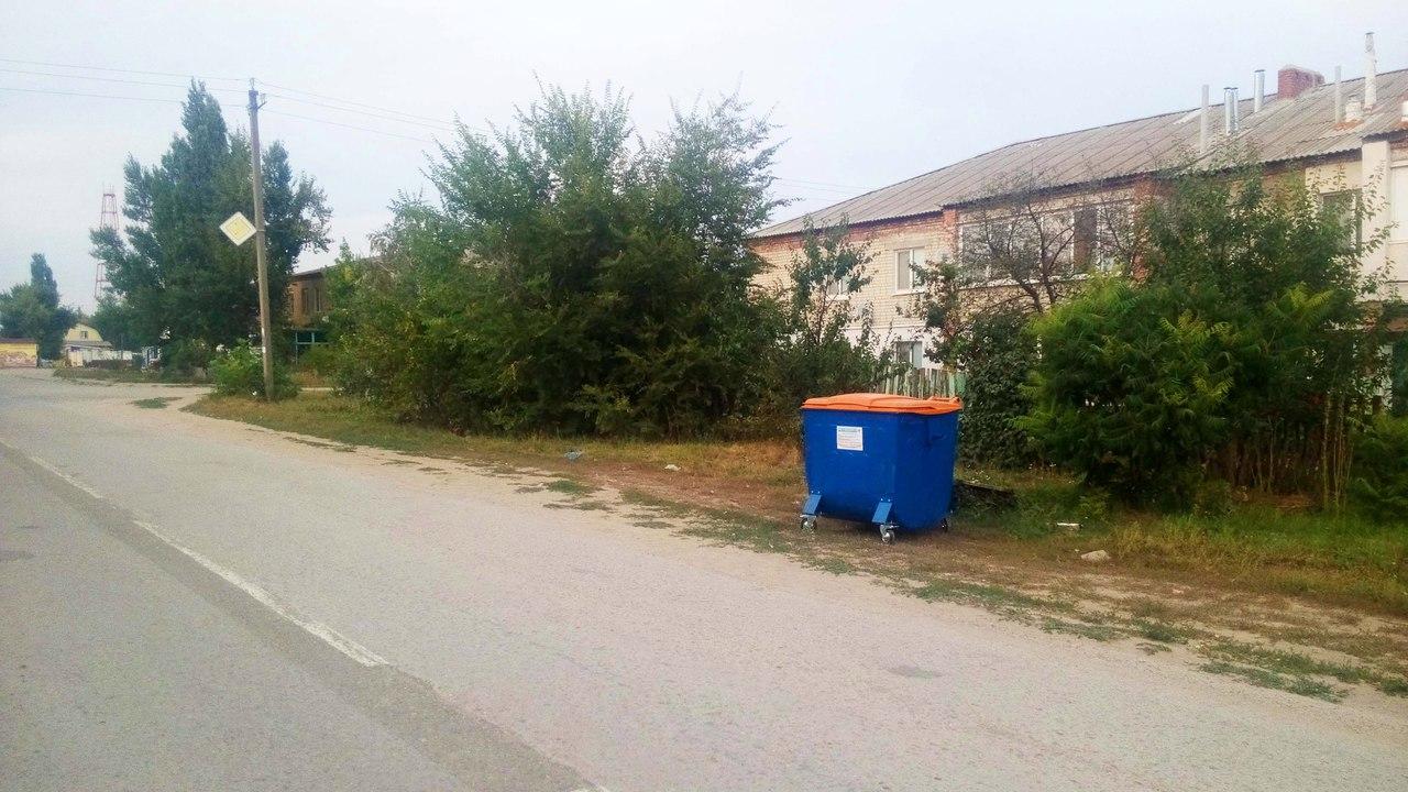 Баки на ул. Калинина
