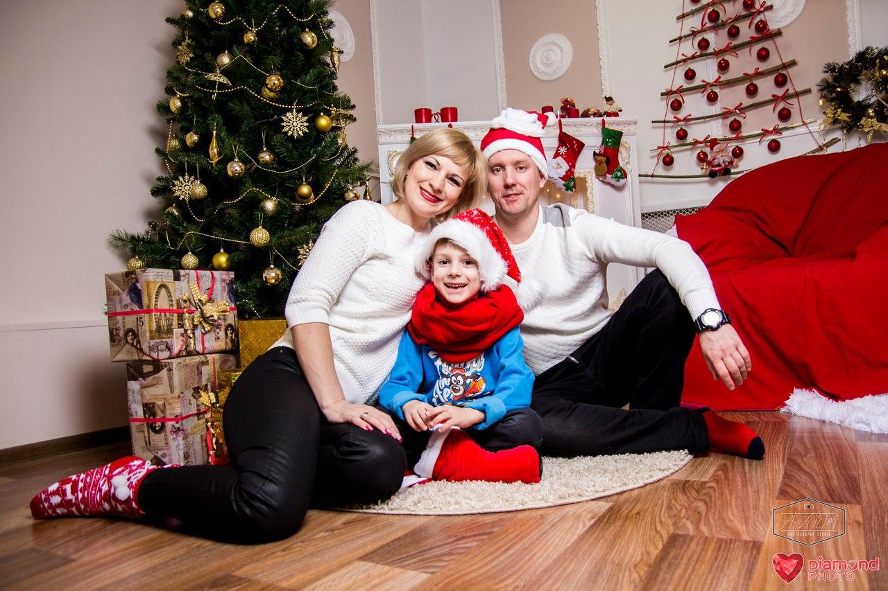 Афиша Саратов Christmas Family