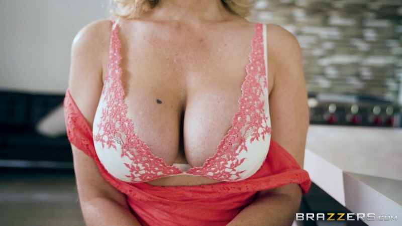 Julia Ann ( Hooked On Bras) 2017, Big Tits Worship, Blonde, Cheating, Couples Fantasies, MILF, Stepmom,