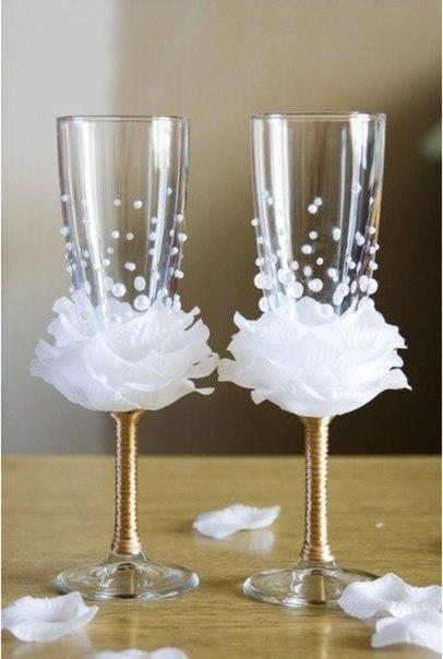 Свадебный декор бокалов
