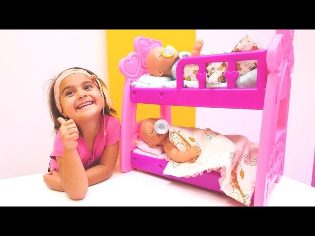 Meryemle bebek bakma oyunları 🍼👶 Oyuncak bebek Leo Emiliye misafliğe geliyor. Maşanın oyuncakları