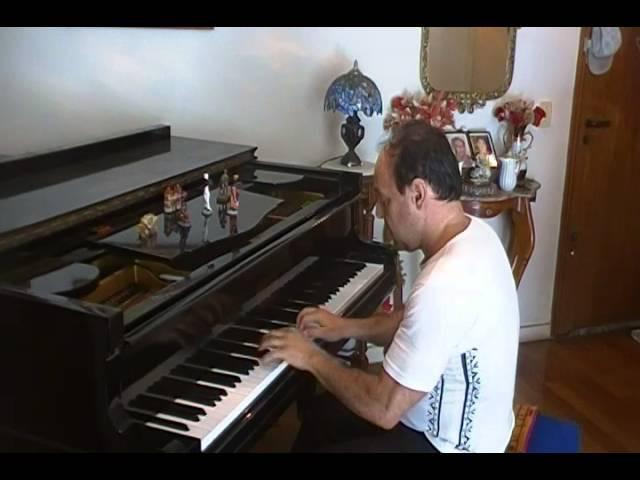 Musica abertura novela escrava isaura/ retirantes dorival caimmy/ piano solo