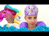 #МультикиДляДевочек МАЙ ЛИТЛ ПОНИ и #ПринцессаСофия *Бассейн для Принцессы Селе ...