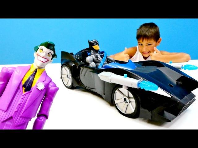 Batmobile! 😎 Batman'a YENİ araba aldık! Oyuncak açılımı! Joker'a intikam. Erkek oyuncakları