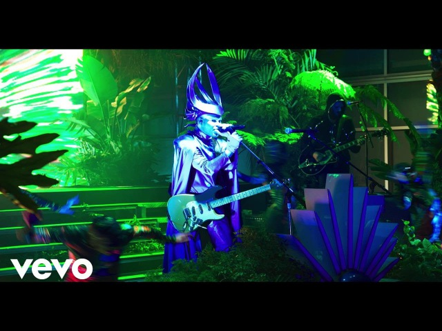 Empire Of The Sun - High And Low (Capitol Tower Performance)