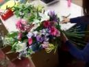 Составление букетов- потрясающий букет из роз, гербер и лилий своими руками курсы флористики.