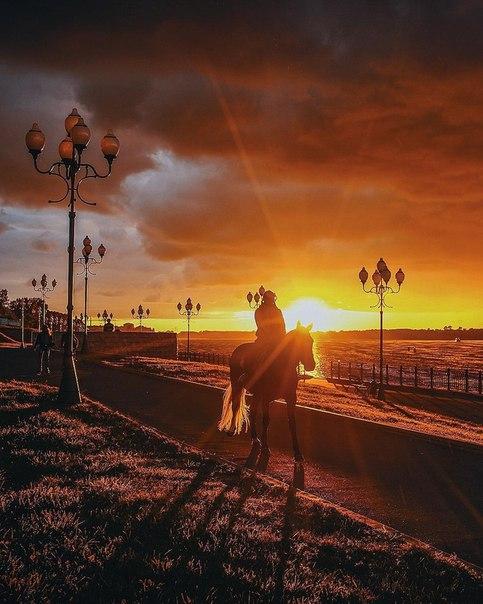 Июньский закат на Волжской набережной ❤