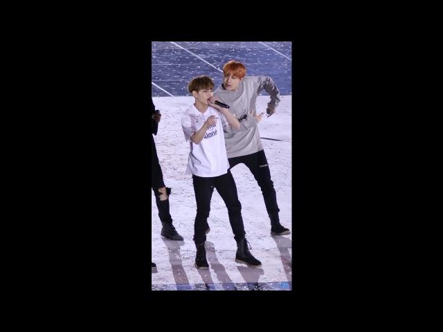 161001 BTS 방탄소년단 정국 직캠 JungKook Fancam - FIRE @BOF 개막행사