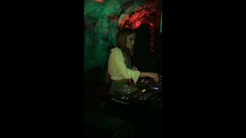 DJ Faina