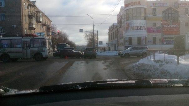 Осторожнее, пол минуты на светофоре не стоят того