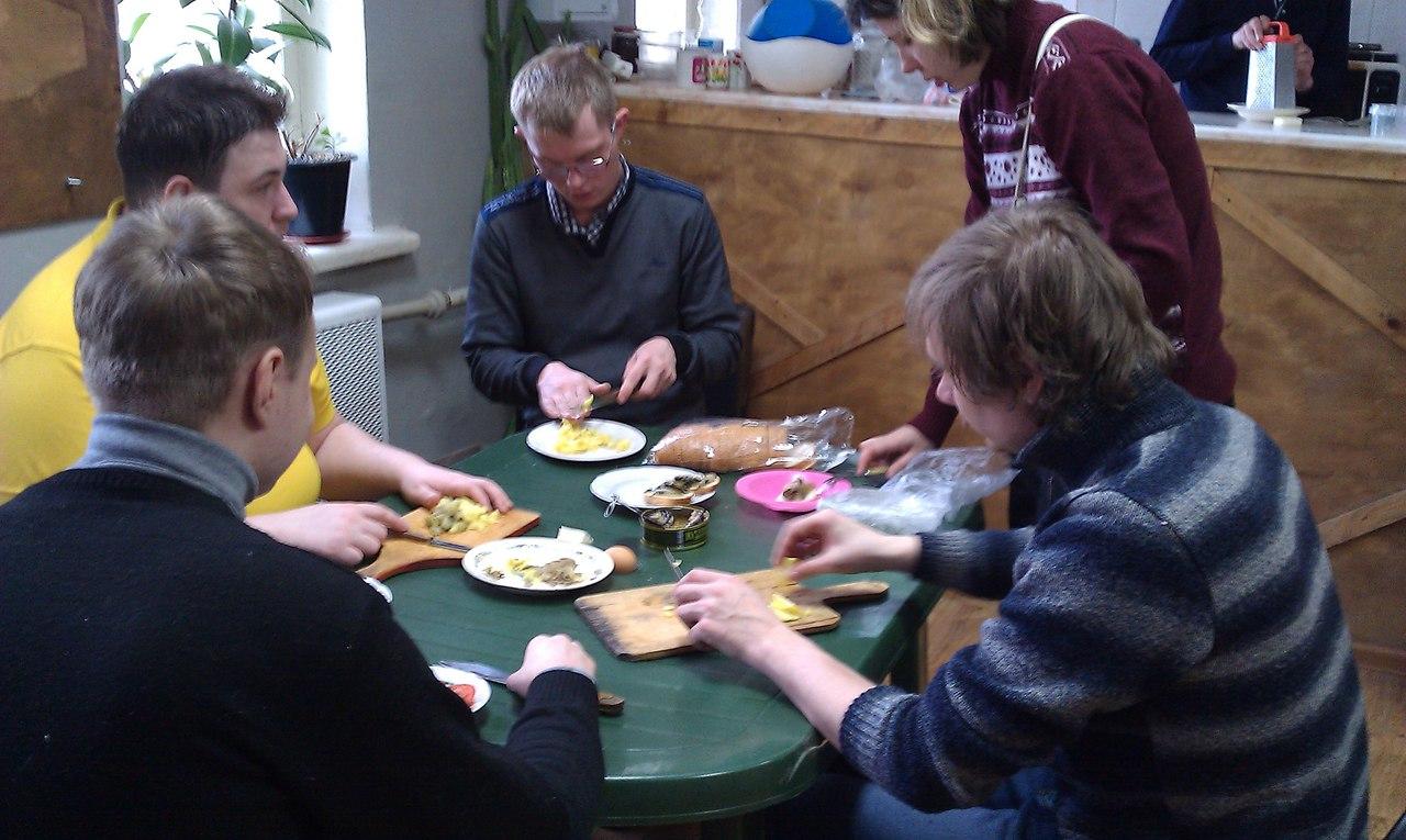 В Клубе инвалидов «Вера» состоялась кулинарная игра