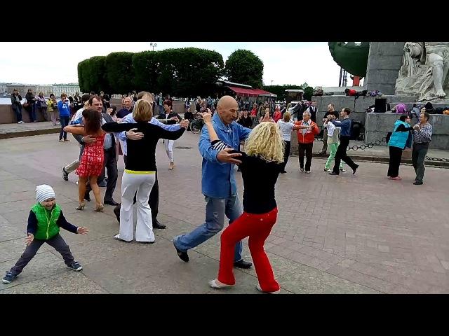 Ковбойский танец Бальные танцы 16 июля 2017 года на Стрелке В О