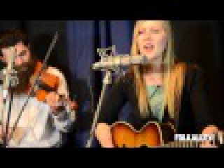Folk Alley Sessions: Nora Jane Struthers & The Party Line -