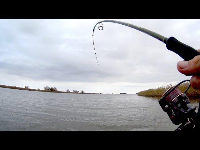 Уух какая Кабаняка села Волшебная река исполняет желания!!Рыбалка на спиннинг.