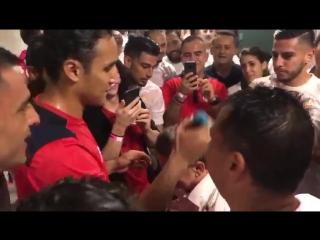 Навас побрил главного тренера Коста-Рики налысо после выхода на ЧМ-2018