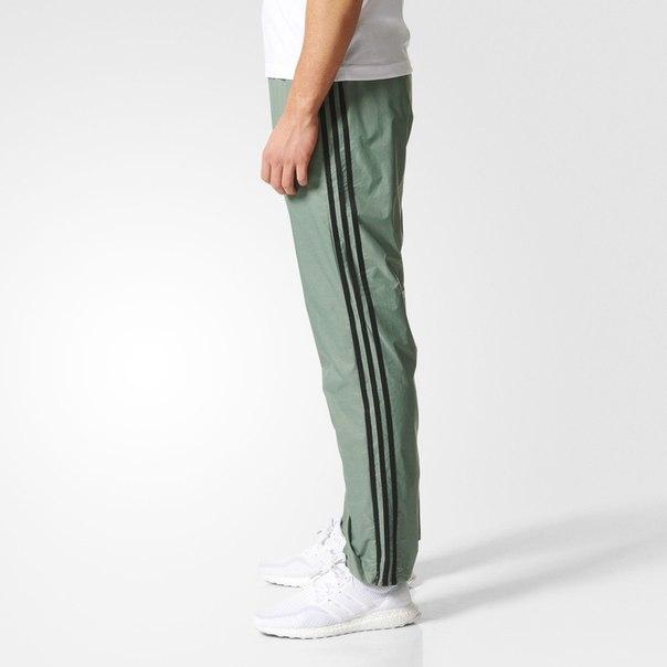 Трикотажные брюки  ESS 3S PANT WVN
