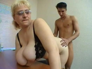 Russian plump English teacher relaxes with a student