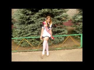 русские школьница показывает свою писю