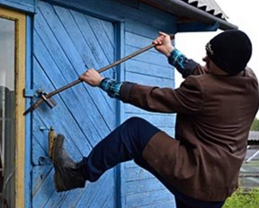 В Зеленчукском районе полицейскими раскрыты две кражи