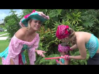 💋JOUNG JENNY SCORDAMAGLIA 👠 STUNNING ANCHOR LADY #MiamiTV 🎀South Florida✴My inner Pirate Season 2