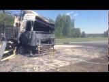 Оперативная ликвидация крупного пожара на трассе в Новосибирской области
