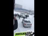 Первый снег день жестянщика во Владивостоке.