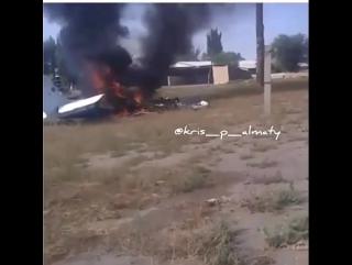 Алматы облысында ұшақ құлап, екі адам қаза тапты