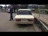 В Краснодаре задержали героя соцсетей, объезжавшего пробку по тротуару