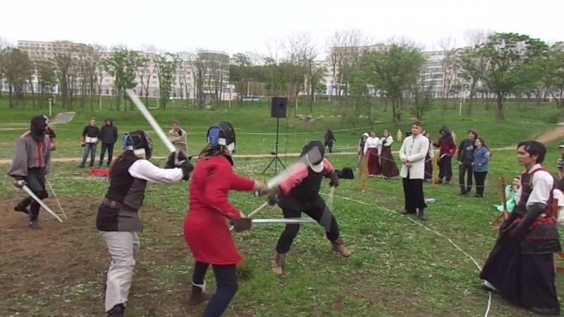 Граненые аристократы vs Динозавры 2