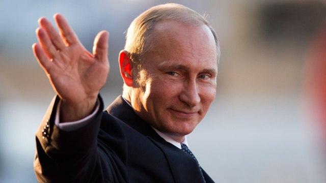 Владимир Путин поздравил жителей Карачаево-Черкесии с Днем защитника Отечества