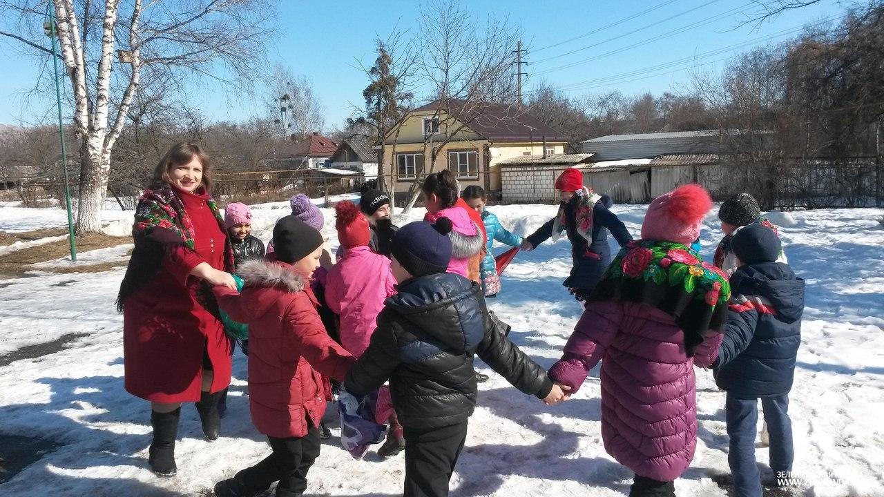 Школьники станицы Зеленчукской встретили «Широкую Масленицу»