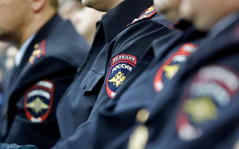 Зеленчукские полицейские раскрыли кражу вино-водочных изделий