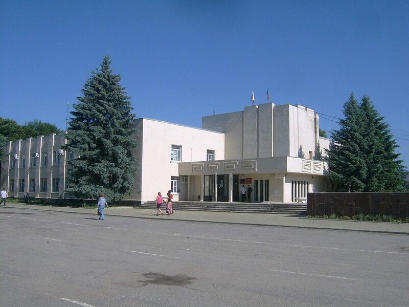 Власти Зеленчукского района не помогли местной жительнице решить проблему с аварийным жильем