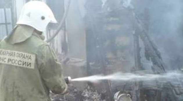 В ауле Кызыл-Октябрь сгорела хозяйственная постройка