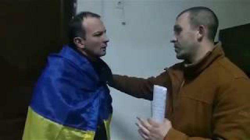 Соболєв вибачився перед ветераном війни Яром за інцидент під Радою, вони потис ...