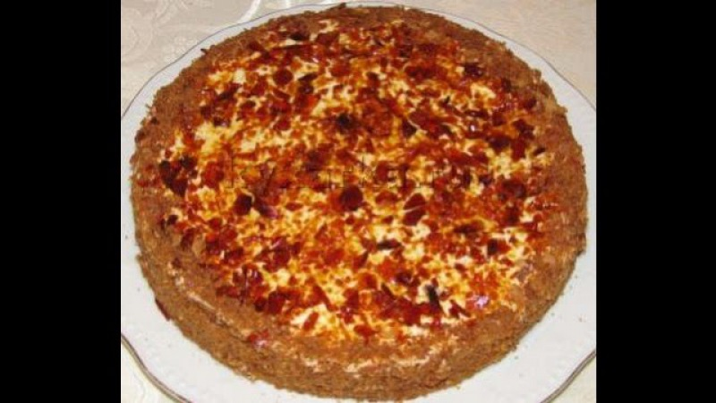 Медовый торт с карамелью
