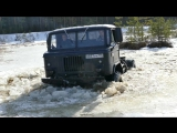 ГАЗ 66 и Suzuki Jimny ломают лёд полностью!
