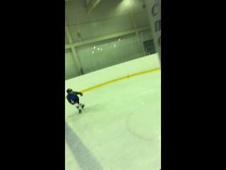 Тренировки Илюша хоккей 2011